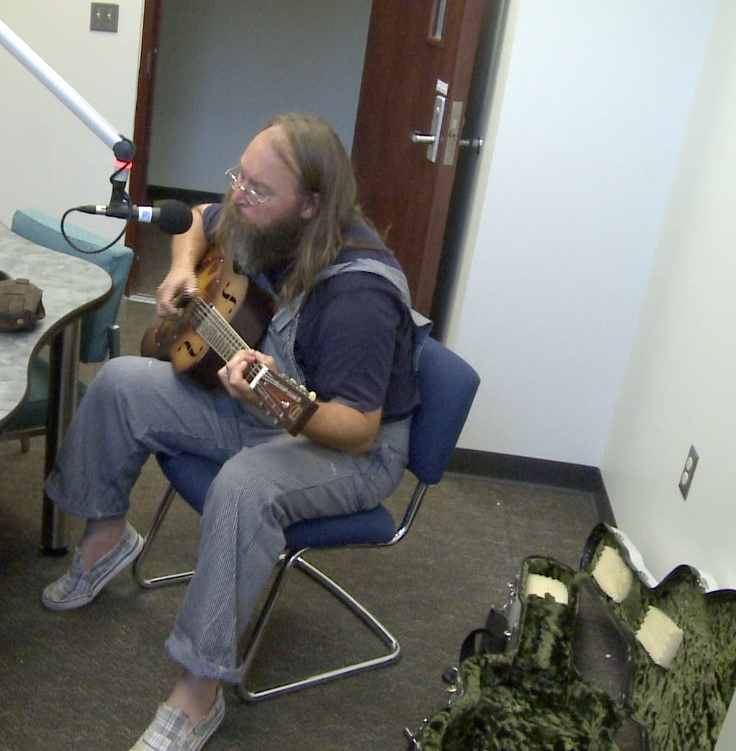 The Live Feed Presents: Charlie Parr