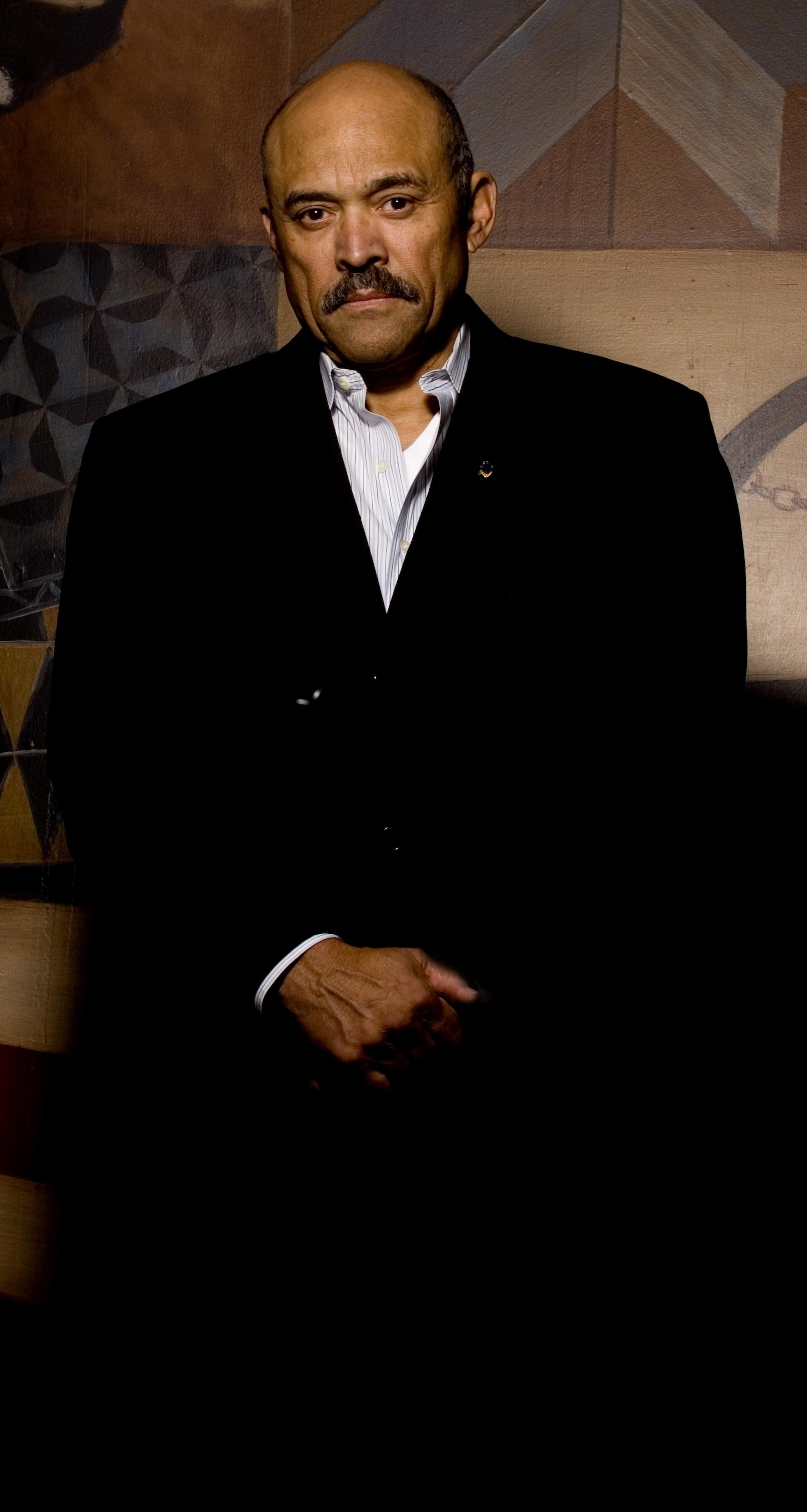 Lou Bellamy Retires from University of Minnesota Theater Department