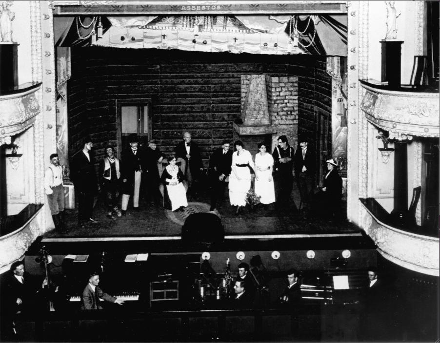 MN90: The Socialist Opera House