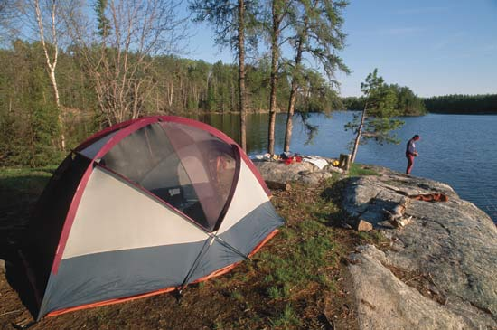 Quick Queue: A Crash Course in Camping