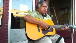Busker Larry Havluck