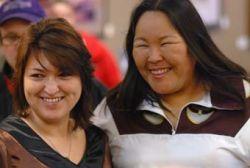 Inuit throatsingers Lydia Etok & Nina Segalowitz demo traditional art