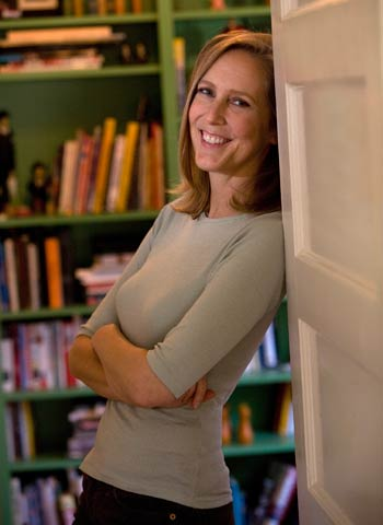NYT best-selling author Mary Roach visits The Roadhouse