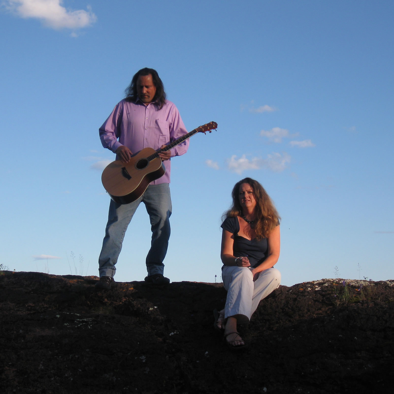 Briand Morrison & Roxann Berglund make holiday music for your listening pleasure