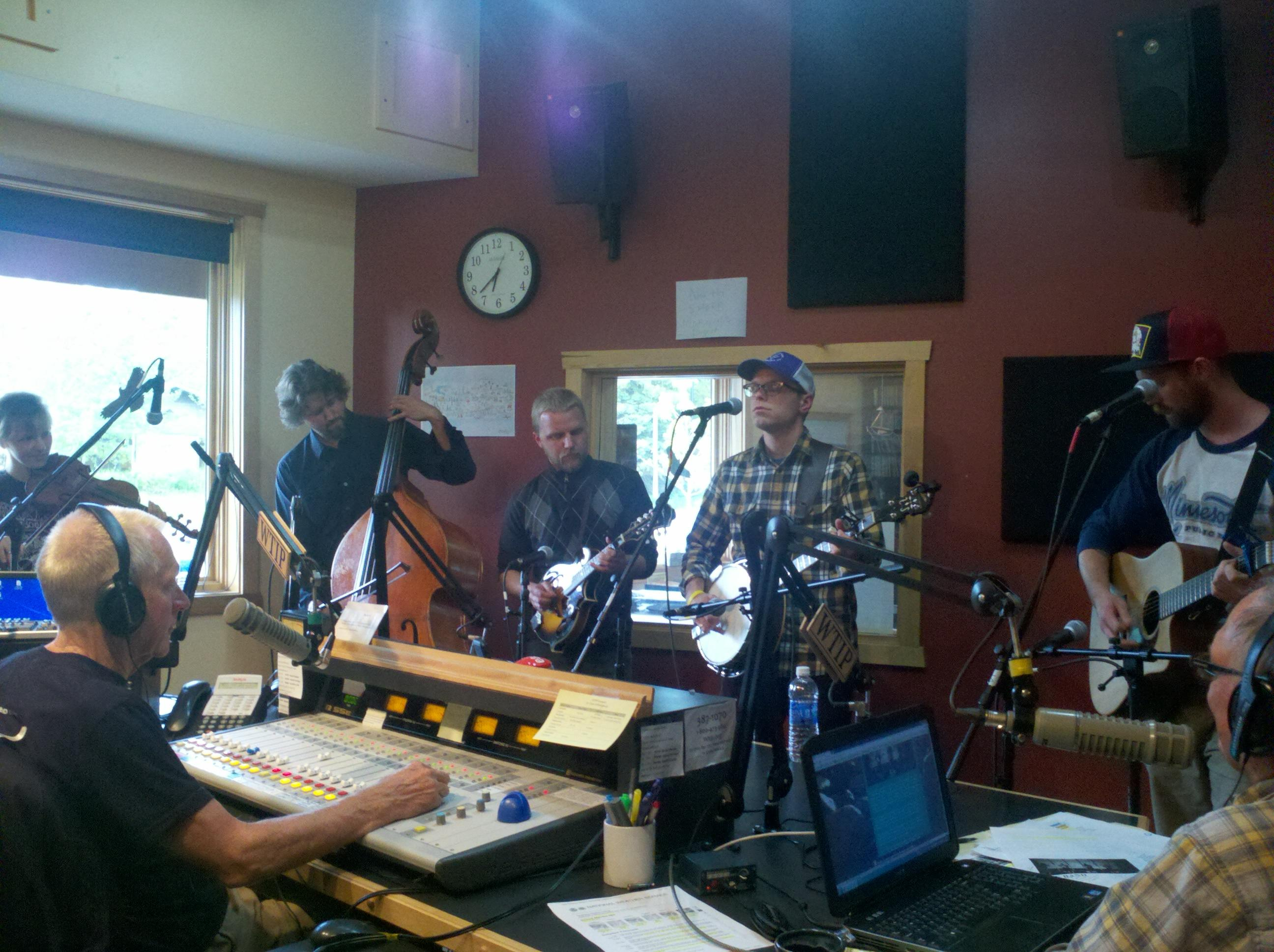 Duluth bluegrass band Tin Can Gin makes their Roadhouse debut