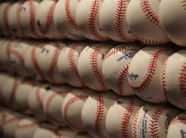 Bilingual Baseball
