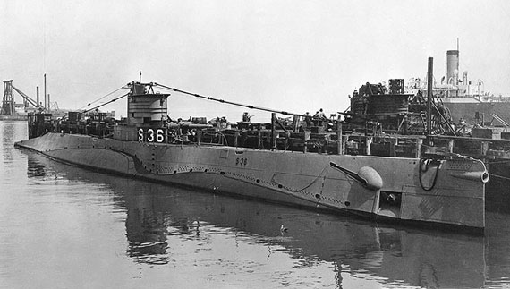 Servicing Submarines