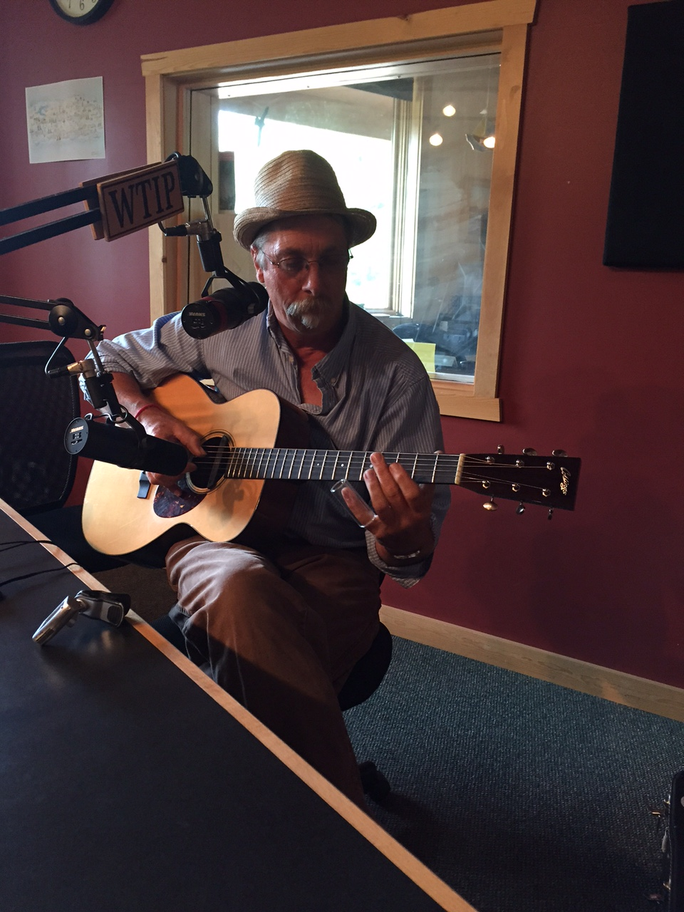 North Shore blues favorite Gordon Thorne visits Studio A
