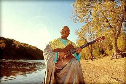 Siama and his Congo World Quartet on The Roadhouse