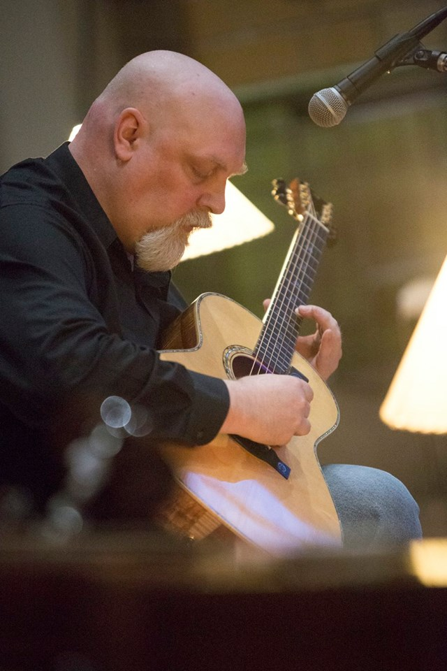 He's Pensive but Fun, Too: Meet guitarist Elgin Foster