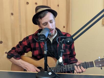 Kyle Ollah plays live on WTIP
