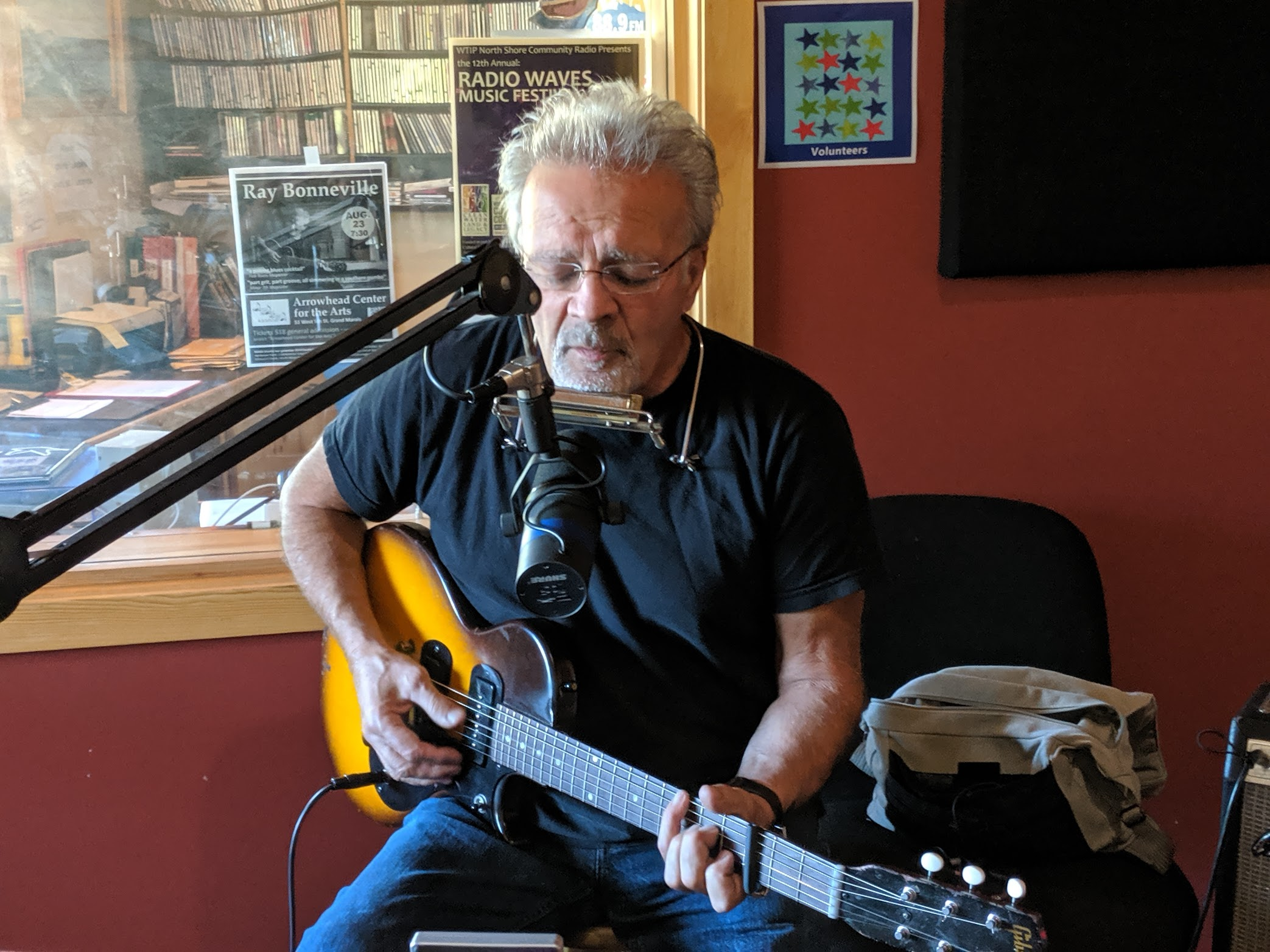 Ray Bonneville plays live on The Scenic Route
