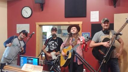 The Federales bring country music to The Roadhouse