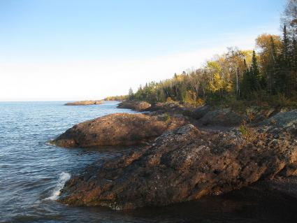 Large Lakes Observatory monitoring for algae blooms on Lake Superior